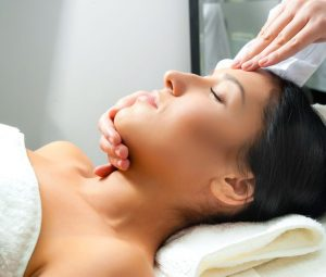 Luxury Decleor Facials from Segais Beauty Salons in Didcot and Wantage